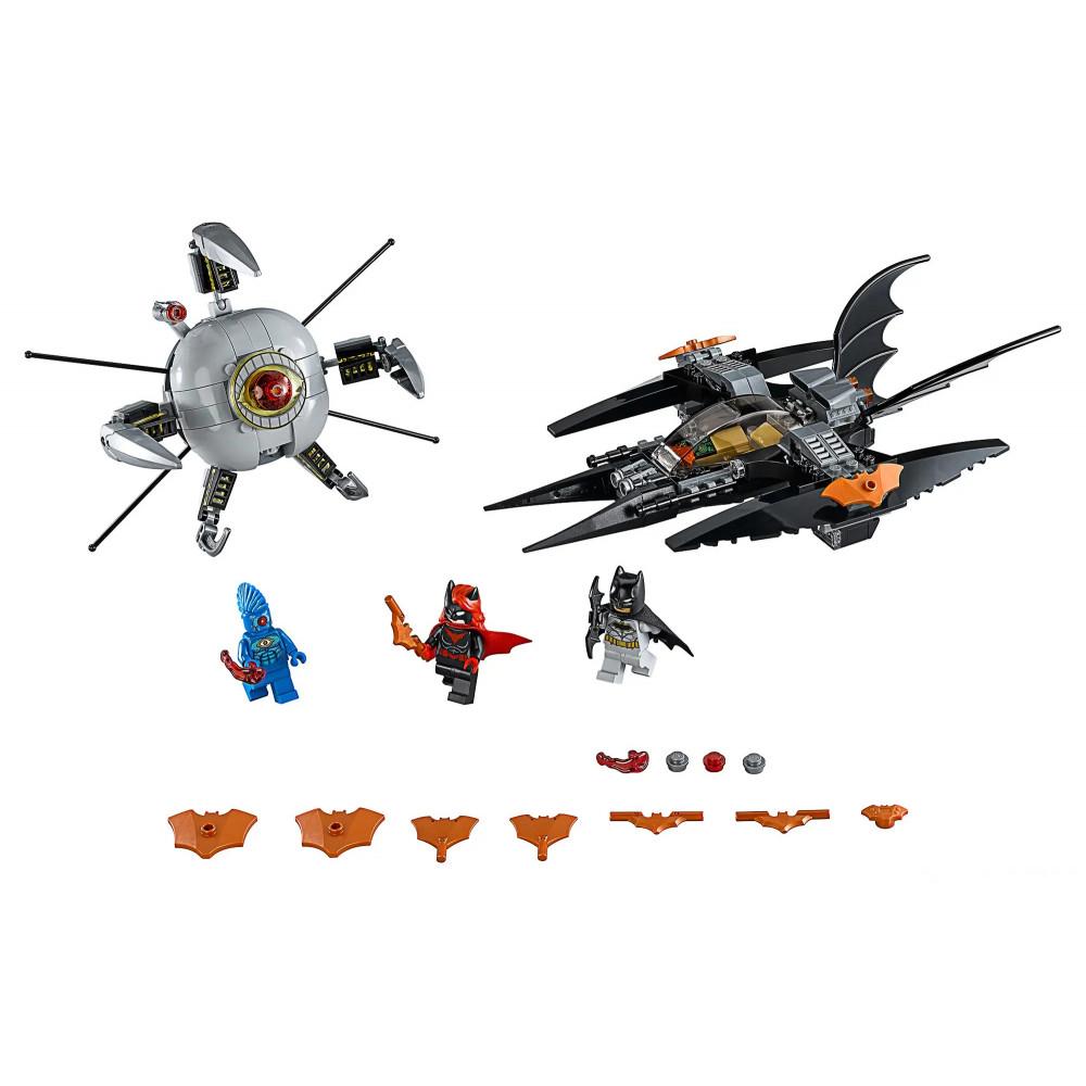 """Конструктор Bela Super Heroes 11023 """"Бэтмен: ликвидация Глаза брата"""", количество деталей 297 , аналог Lego Batman 76111"""